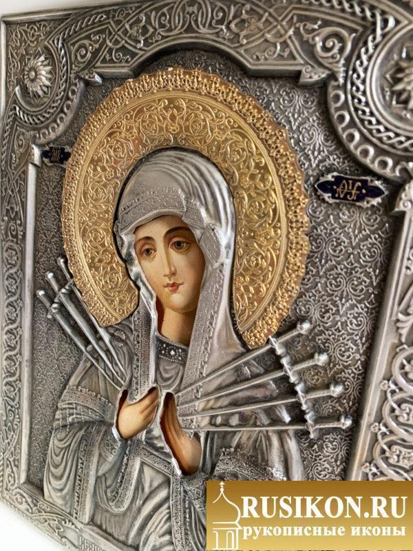 Семистрельная икона Богородицы в окладе